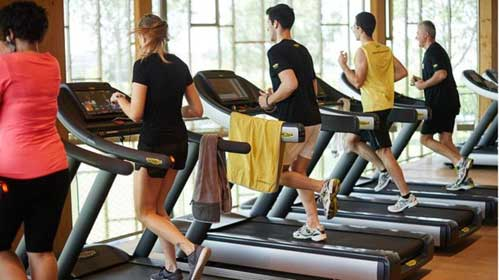 Students on the treadmill at the gym